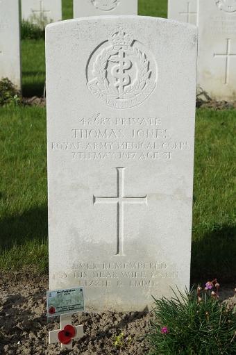 48583-Thomas-Jones-grave