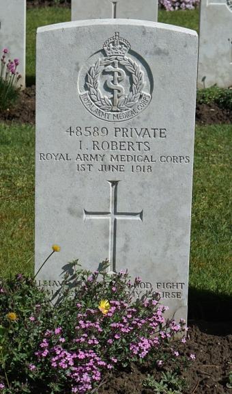 48589-Isaac-Roberts-grave