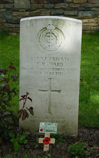 48597-Frank-Ward-grave-