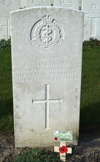 Capt-B-Woodhouse-grave