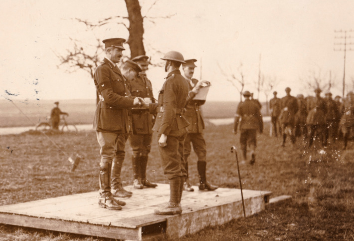 Medal-presentation-in-the-field
